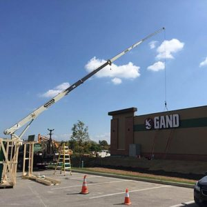 Piros welcomes 3rd Gander Mountain to the St. Louis Metro Area